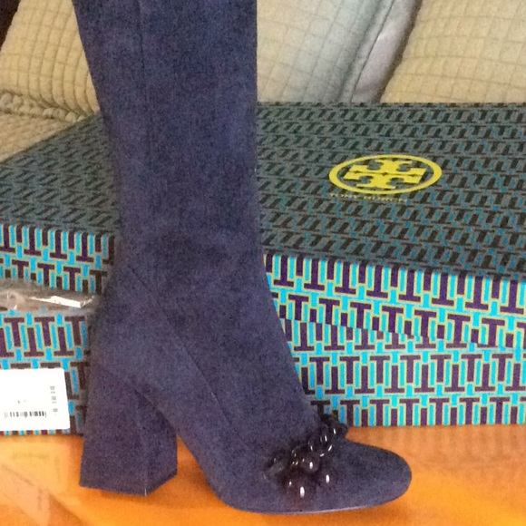 508322207 NWT Tory Burch Addison Boot US 6.5 Royal Navy